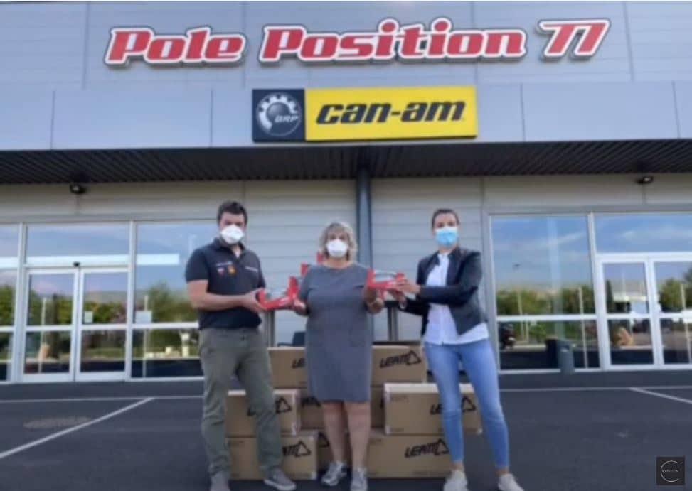 Pole position offre 100 masques au personnel soignant