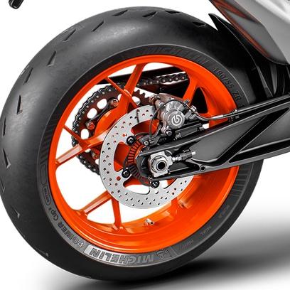 PHO_BIKE_DET_890DUKER-MY20-Tires