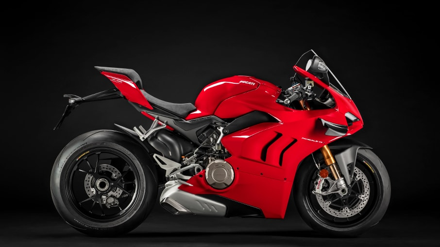 Panigale-V4-S-MY20-Red-02-Gallery-906x510